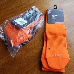 Bundle of 2 pair Nike classic soccer socks